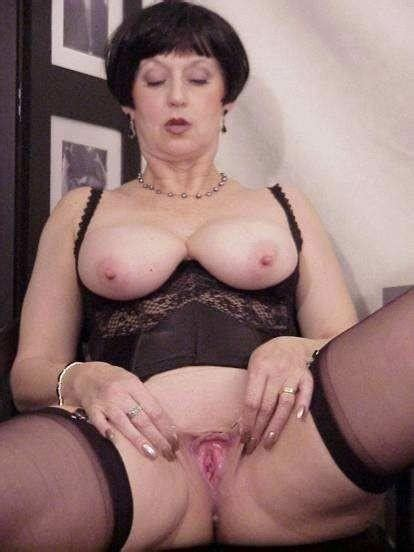 Old Vintage bw granny And Matures Dump mature porn Photo
