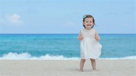 mobile baby mädchen die 63 besten baby hintergrundbilder