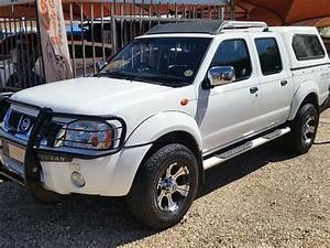 2010 Nissan Hardbody 3 0 Tdi D  C 4x4 For Sale