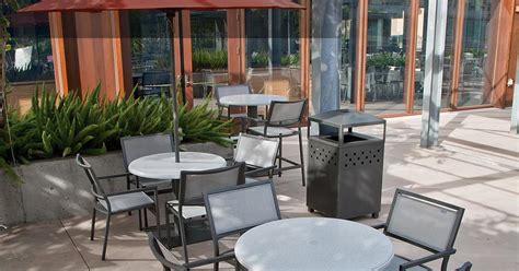cafe outdoor furniture cafe tables  chairs tropitone