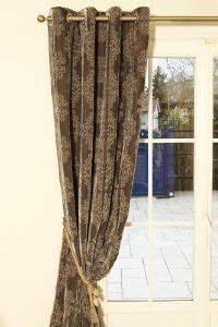 Rideaux En Velours : rideaux pr ts poser en velours brod ~ Teatrodelosmanantiales.com Idées de Décoration