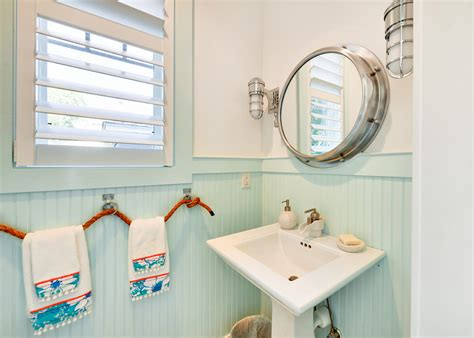 breathtaking beach theme bathroom accessories decorating