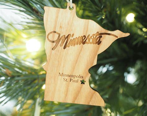 minnesota ornament wood   hood
