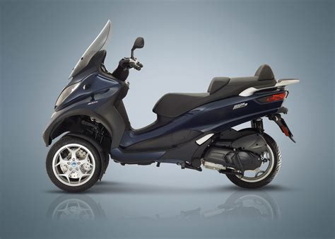 Review Piaggio Mp3 Business by 2018 Piaggio Mp3 300 Business Lt Abs Asr Review Total
