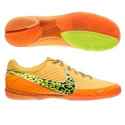 Nike Indoor Soccer Shoes 878