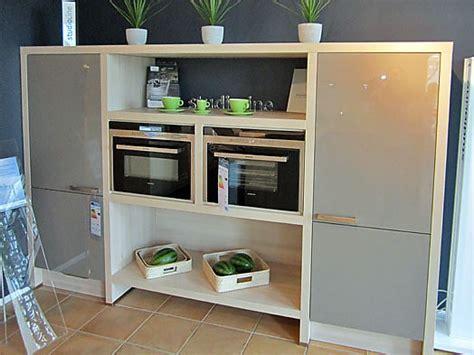 Inpura-musterküche Moderne Küche Mit Thekenlösung Zum