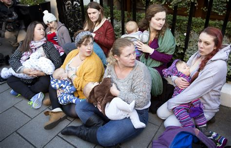Start4life Uk Government Urges Women To Breastfeed In Public