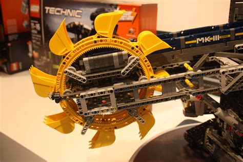 27%  Ab 168,00 € Schaufelradbagger 42055 Lego Technic