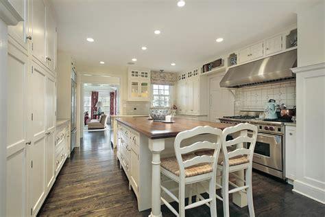 "36 ""brand New"" All White Kitchen Layouts & Designs (photos"