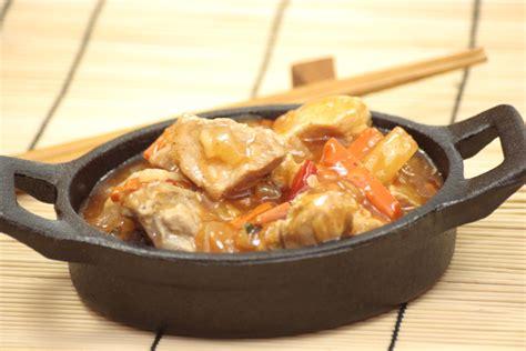 hervé cuisine pancakes recette facile du porc au curry et ananas sucré salé