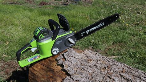 My first cordless chainsaw, Greenworks G MAX 40V, 16 inch