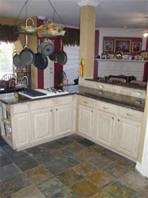 white kitchen slate floor 1000 images about slate floors on slate 1404