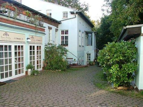 """das Kleine Haus Im Hof "" Pension Remise Blumberg (potsdam"