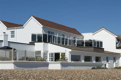 angmering  sea beach house holiday home  sussex