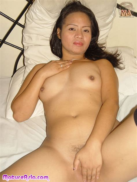 Hot Pinay Milf Babes is her real name and sexy is her game