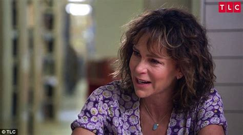 actress jennifer in dirty dancing jennifer grey cries on who do you think you are daily