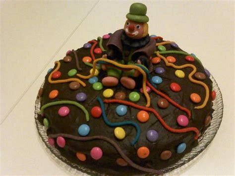 besondere anlaesse  clown kuchen zu karneval
