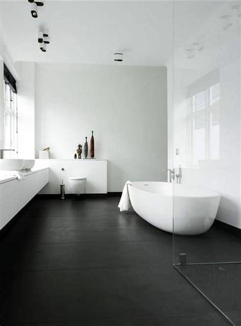 La Salle De Bain Noir Et Blanc