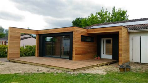 construire une chambre froide extension de maison design en bois à toit plat sur mesure
