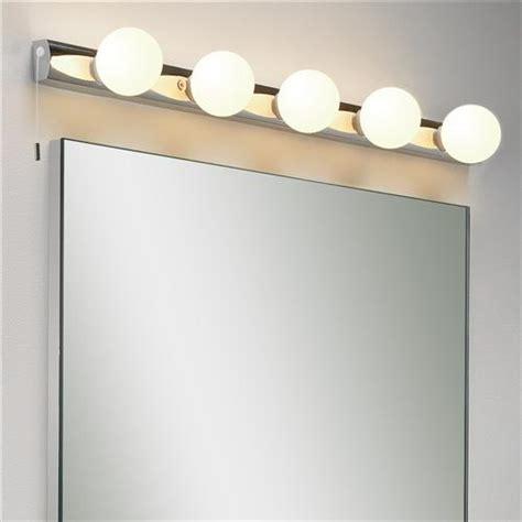 Bathroom Mirror Light Bulbs by Fascinating Ideas In Bathroom Mirror Lights Bath Decors