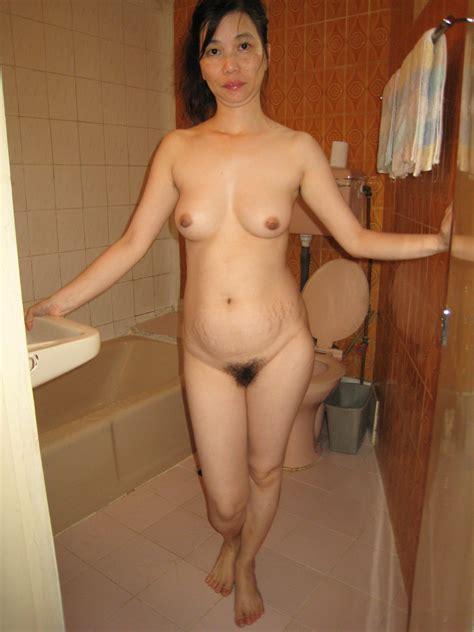 Asia Porn Photo Pissing Masturbating Mature Asian Slut