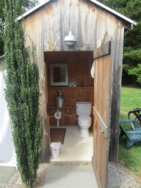 Outhouse Bathroom Ideas by Quot Outhouse Quot This Is Not What The Inside Of Them Looked Like