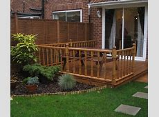 Inspirations for Simple Mahogany Garden Decking Ideas