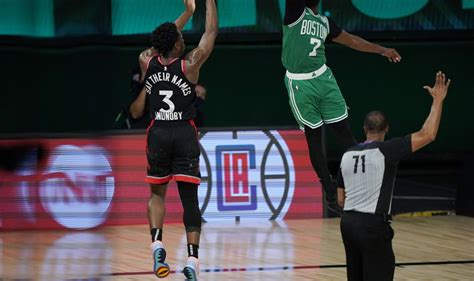 OG Anunoby hits 3 at buzzer, Raptors beat Celtics in Game 3