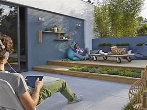 comment amenager une terrasse en bois 20170823071632 With maison en pierre ponce 8 8 conseils pour une terrasse melant contemporain et