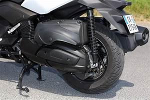 Maxi Scooter Occasion : essai du maxi scooter yamaha x max 400 photo 16 l 39 argus ~ Medecine-chirurgie-esthetiques.com Avis de Voitures
