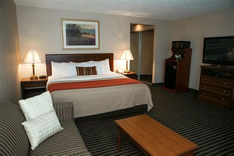 comfort inn utica mi comfort inn utica updated 2017 hotel reviews price