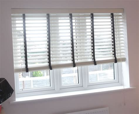 Wooden Venetian Blinds by Wooden Venetian Blind With Blinds Blinds Blinds