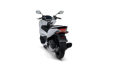 Pcx 2018 Abs Vs Cbs by 4 Pilihan Warna New Honda Pcx 150 Terbaru 2018 Abs Cbs