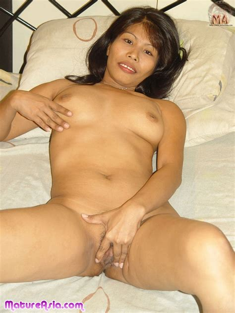 Sexy Older Filipino Amateur Asian Milf Getting Naked And Showing Her Sweet Body