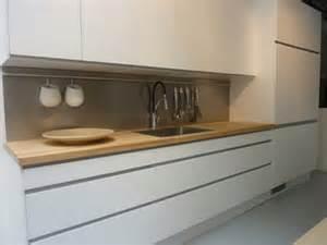 Fliesenspiegel Verkleiden Ikea : la cuisine saison 2 zehouse 39 s blog ~ Michelbontemps.com Haus und Dekorationen
