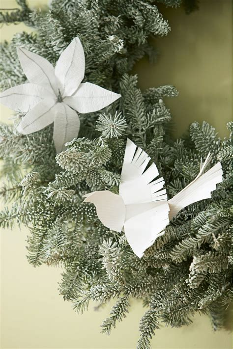 white paper christmas decorstions best themes ideas for a