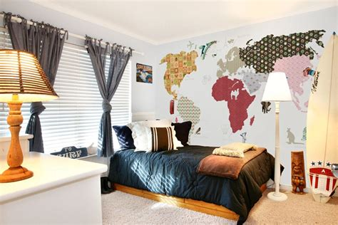 Boys Bedroom Wallpaper by Child Real World Map Boys Bedroom Wallpaper Inwallpapers