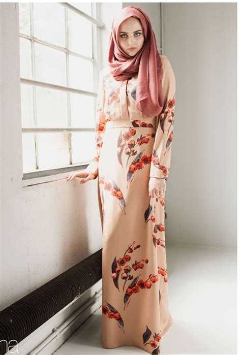 top  model long dress modern bermotif wanita muslimah modis