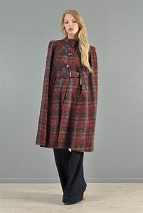1940s Plaid Wool Cape With Wooden Details
