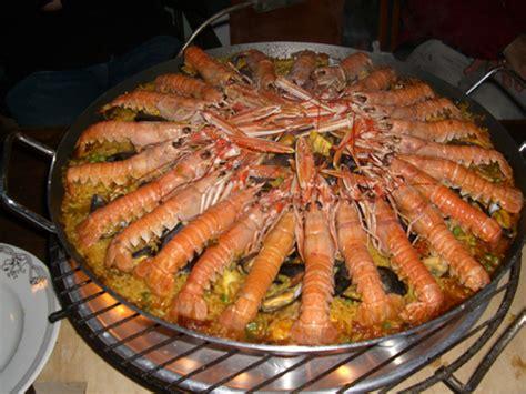 cuisiner calamar paëlla le plat typique espagnol la recette