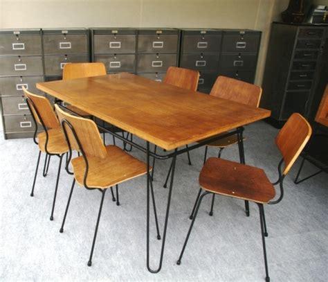 bureaux de style bahut enfilade table chaises solon francais 1950 design