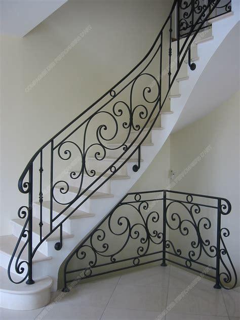 rambarde d escalier en fer forge res d escalier en fer forg 233 classique mod 232 le germain