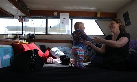 Living On A Boat Taxes by To Boats In Ballard To Dodge Seattle S