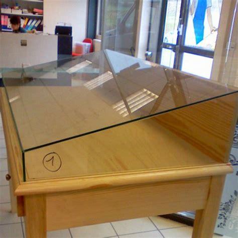 vitrine d exposition en verre conception pose et assemblage d une vitrine d exposition en verre sur mesure 224 villeneuve d