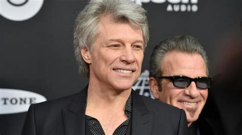 Bon Jovi Reunites Enter Rock Roll Hall Fame Wsyx