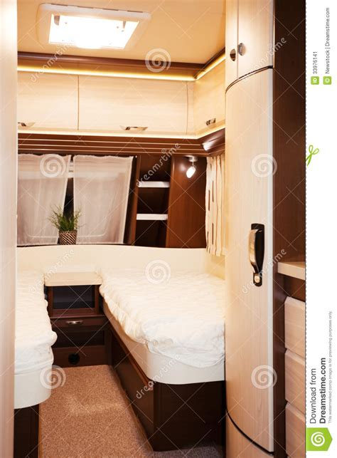 caravane chambre intérieur de chambre à coucher de caravane résidentielle