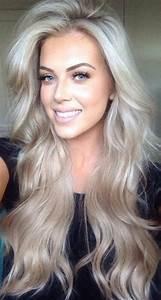 Blond Grau Haarfarbe : graue haare der neue trend frauenmode hair hair styles und blonde hair ~ Frokenaadalensverden.com Haus und Dekorationen
