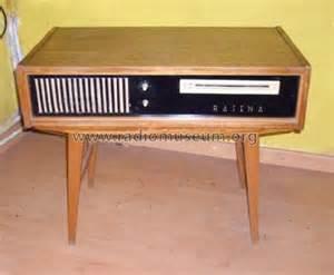 Fernseh phono tisch r player rafena werke radeberg for Fernseh tisch