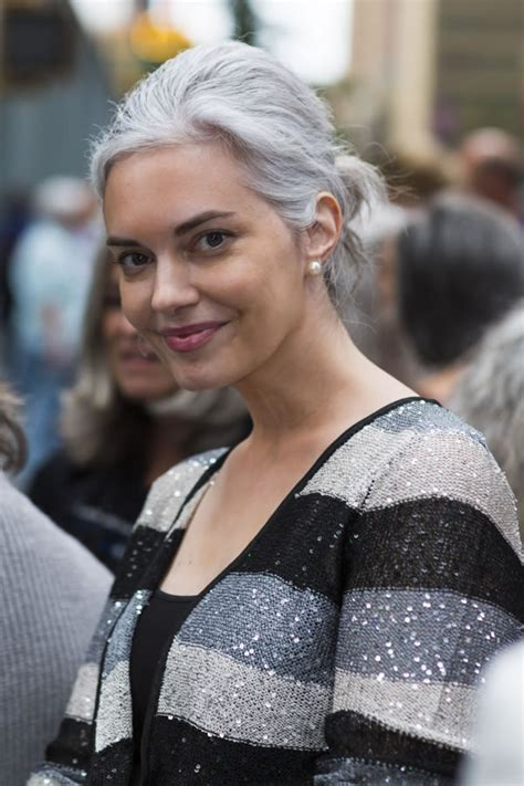Even more women sporting fabulous long silver hair!