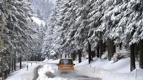 jacke bis minus 40 grad wetter deutschland bibbert bei bis zu minus 25 grad spiegel